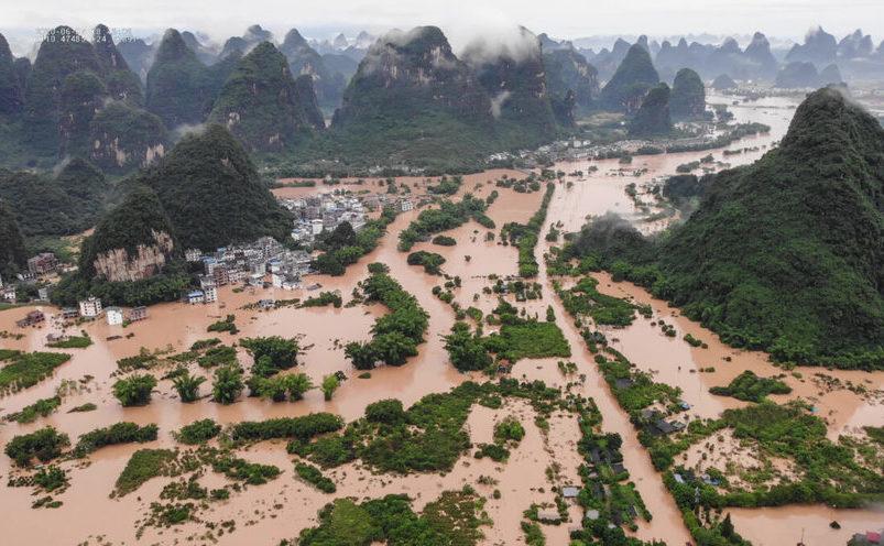 Inundaţii în  Yangshuo, regiunea Guanxi, 7 iunie 2020