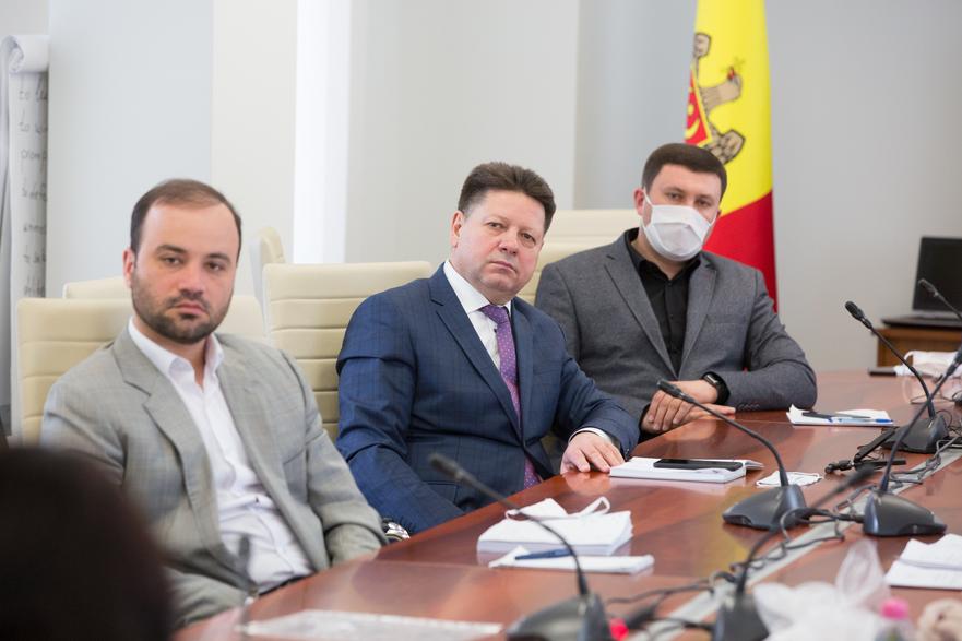 Ştefan Gaţcan, deputat în Parlamentul R. Moldova (centru)