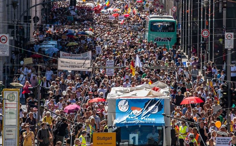 Proteste în Germania împotriva măsuriloe de carantină