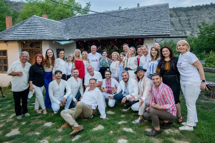 Igor Dodon la întâlnire cu mai mulţi artişti din R. Moldova. Butuceni, Orhei.