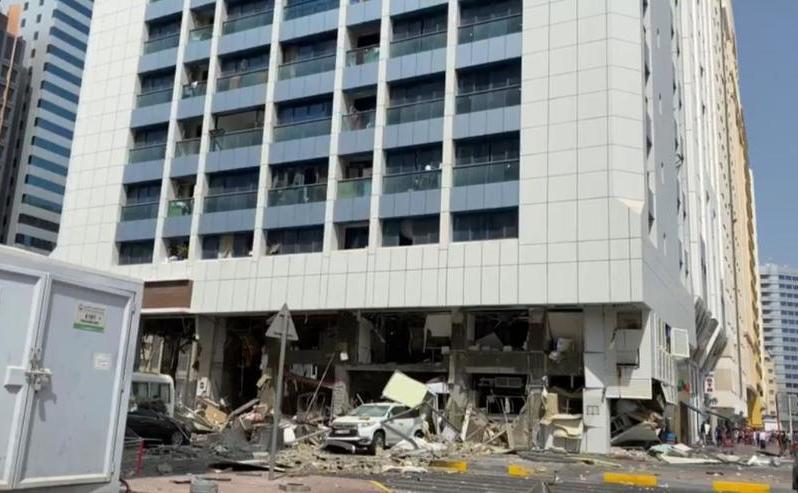 Daune importante cauzate de două explozii în Abu Dhabi, 31 august 2020