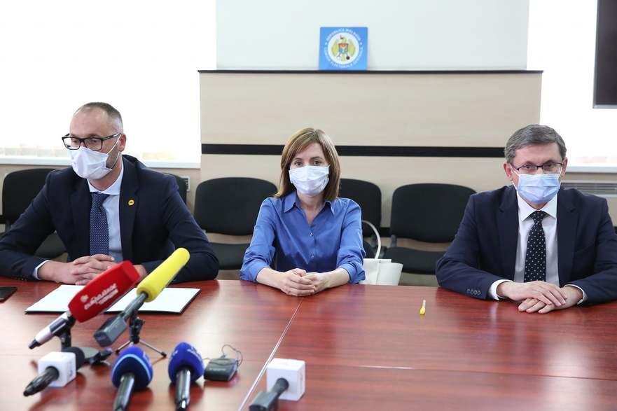 Maia Sandu a depus semnăturile la CEC, pentru a candida la alegerile prezidenţiale