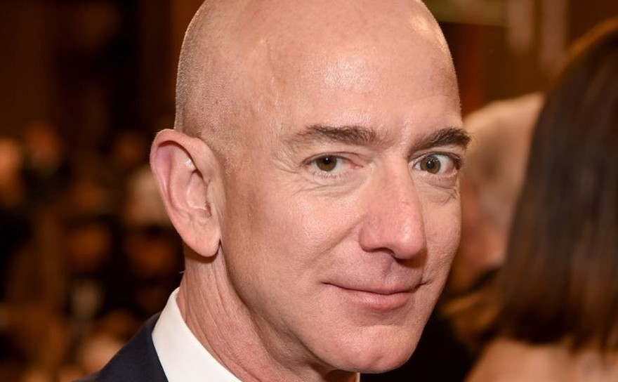 Miliardarul Jeff Bezos