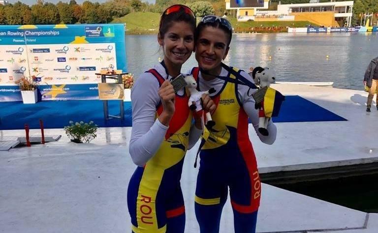 Sportivele române Ionela-Livia Cozmiuc şi Gianina-Elena Beleagă.