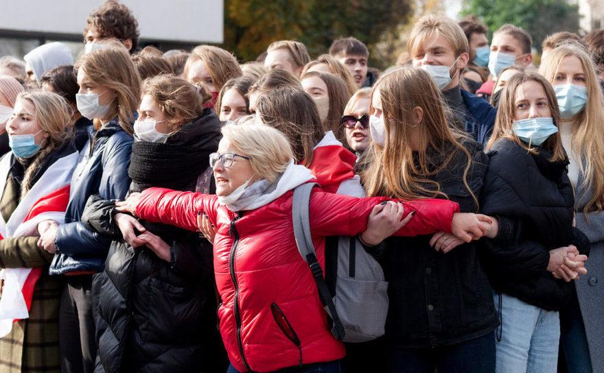 Studenţii din Bielorusia sprijină greva generală