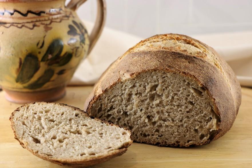 Pâine rustică tradiţională