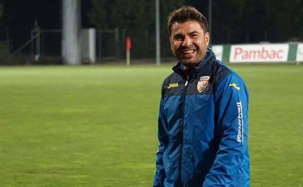 Selecţionerul echipei naţionale de  fotbal Under-21 a României, Adrian Mutu.