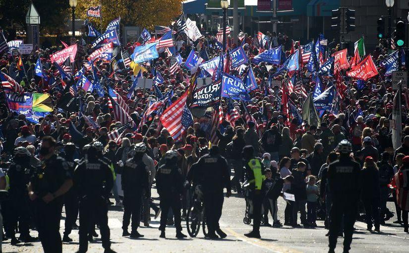 Manifestaţie masivă în sprijinul lui Donald Trump la Washington, 14 noiembrie 2010