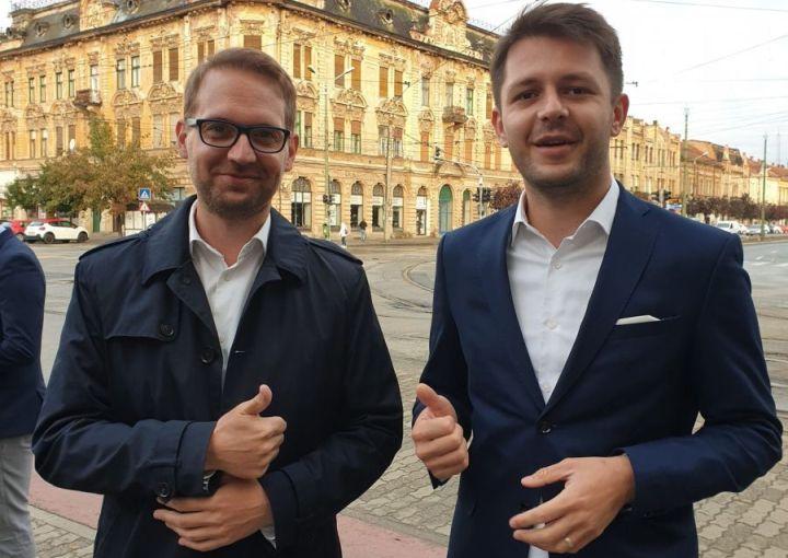 Dominic Fritz, primarul Timişoarei (st) şi Ruben Laţcău, viceprimarul Timişoarei