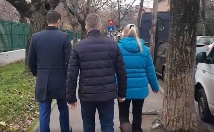Fiii şi soţia lui Adrian Năstase