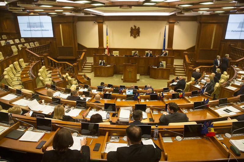Şedinţa Parlamentului R. Moldova, în lipsa deputaţilor opoziţiei, 16.12.2020
