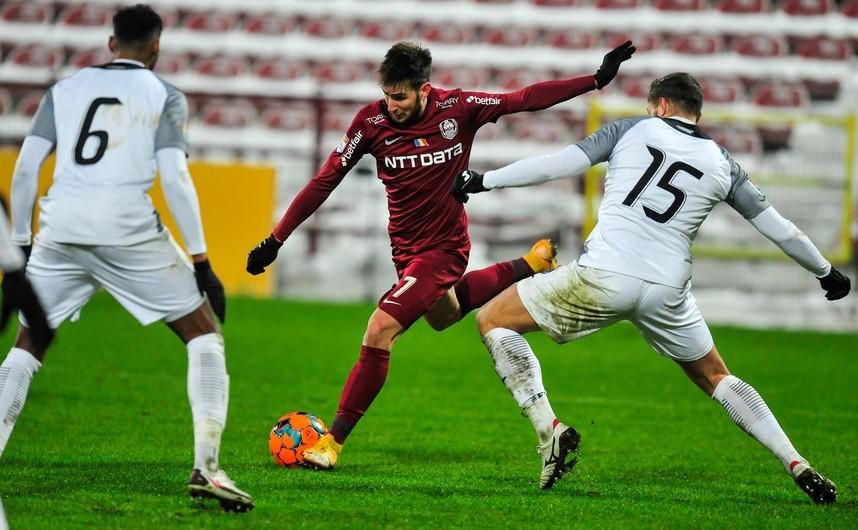 CFR Cluj - Academica Clinceni 3-1   (1-0), meci din etapa a 16-a a   Ligii I de fotbal.