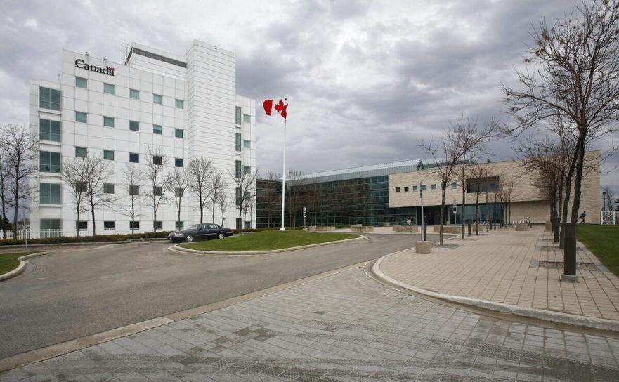 Laboratorul Naţional de Microbiologie din Winnipeg, Canada 19 mai 2009