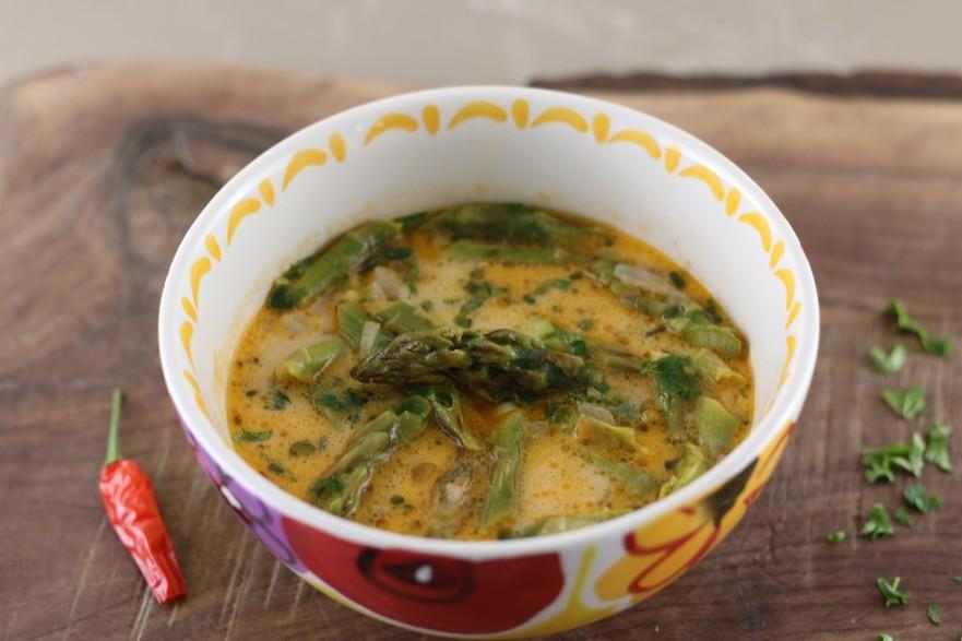 Supă de sparanghel