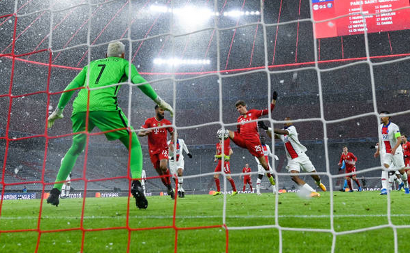 Bayern Munchen învinsă pe teren propriu de PSG, în sferturile Ligii Campionilor. Scor final 3-2 (2-1).