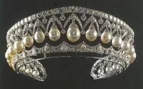 Diadema Frumuseţea Rusească (Russian Beauty) sau Diadema Pearl