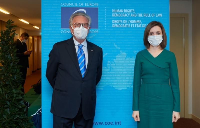 Maia Sandu şi Gianni Buquicchio
