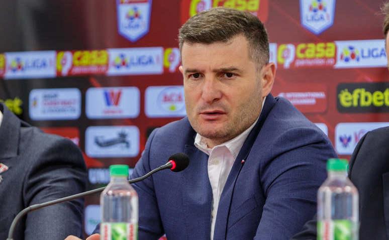 Antrenorul echipei de fotbal UTA,  Laszlo Balint.