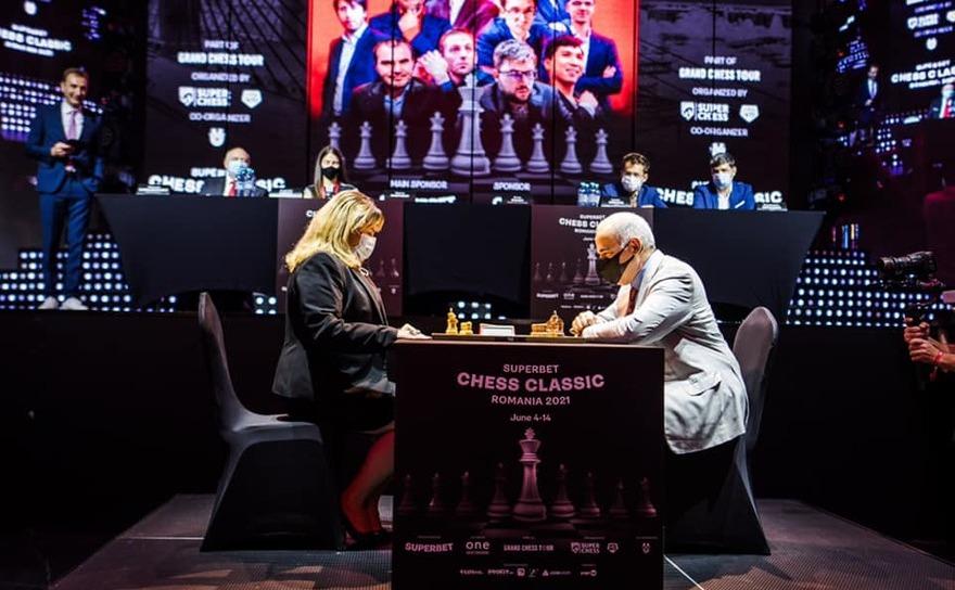 Garry Kasparov şi Anca Dragu