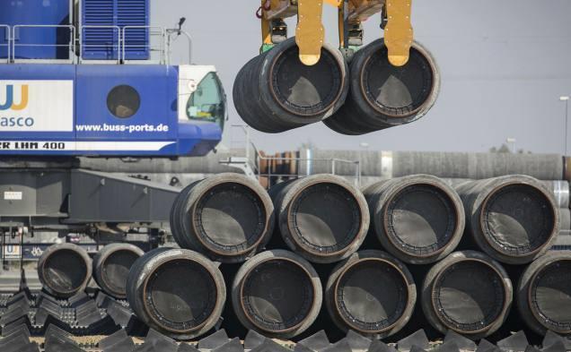 Bucăţi de conductă Nord Stream 2 în Germania