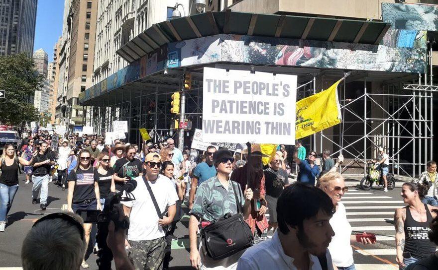Protest împotriva paşapoartelor de imunitate în New York, 18 septembrie 2021