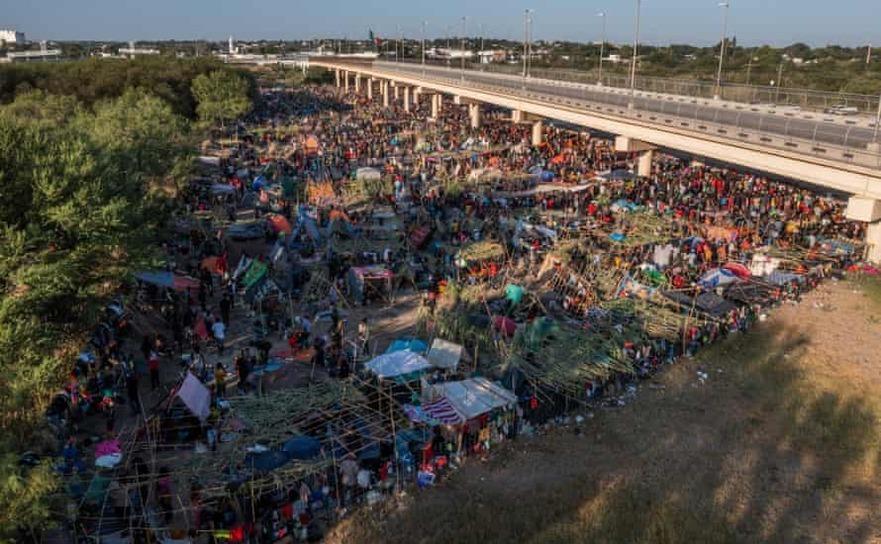 Migranţi haitieni iau cu asalt graniţa sudică a statului Texas, 18 septembrie 2021