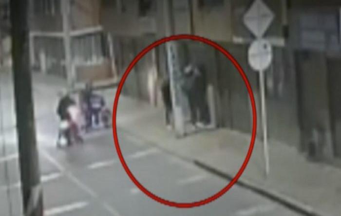Hoţi jefuiţi de hoţi, Bogota, Columbia